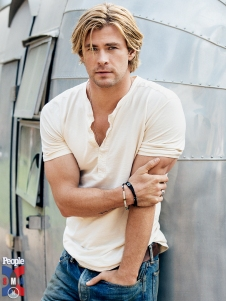 chris-hemsworth-7-768